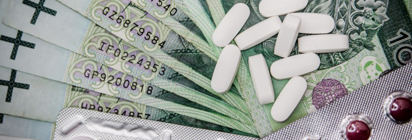 medications-money-cure-tablets-47327